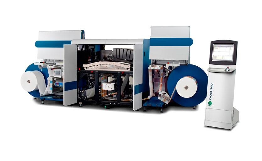 Струйная печатная машина Domino N619i, предназначенная для выпуска этикетки и гибкой упаковки