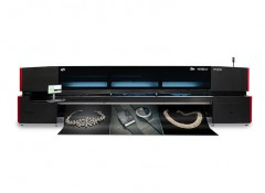 Широкоформатный рулонный УФ-принтер EFI Vutek 5r