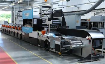 Флексомашина Edale FL3 с установленным модулем струйной печати Graphium (на выставке будет показана линия в другой конфигурации).