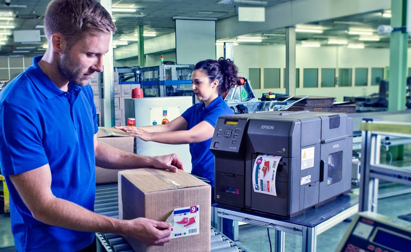 Пока конечные потребители не установили у себя этикеточные принтеры, у типографий остается возможность оказывать им услугу по печати малотиражной и персонализированной этикетки