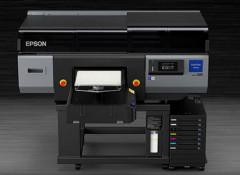 Epson выпустила промышленный принтер для печати по одежде SureColor F3070