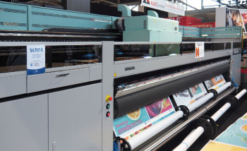 Пятиметровый УФ-принтер Acuity Ultra на стенде Fujifilm на выставке Fespa Global Print Expo 2019