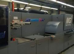 Струйная лакированная машина MGI JetVarnish 3DW