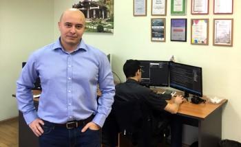 Руководитель Pixlpark Виктор Вахитов