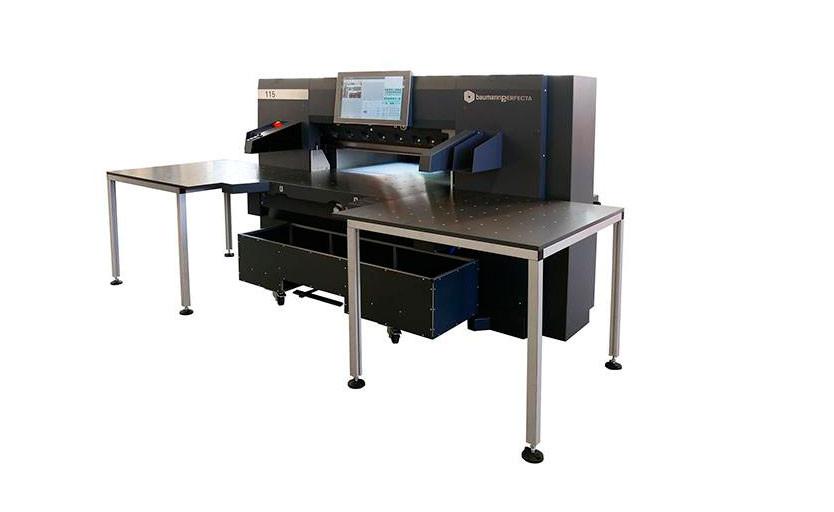 Типография «Перфектум» приобрела новую бумагорезальную машину Baumannperfecta 115SE