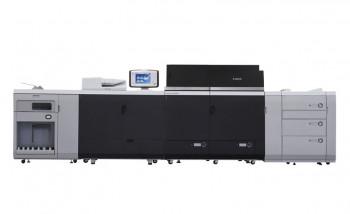 Цифровая печатная машина imagePRESS C10010VP с дополнительной стойкой подачи бумаги и стекером высокой емкости