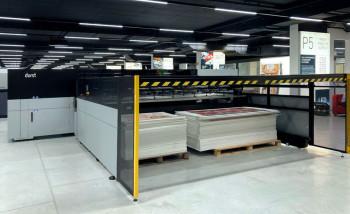Durst P5 350 HS c новой системой подачи материала Durst Automat