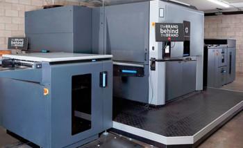 Первая в мире машина, поставленная в рамках программы CPO — HP Indigo 10000 в американской типографии Woods Printing Company