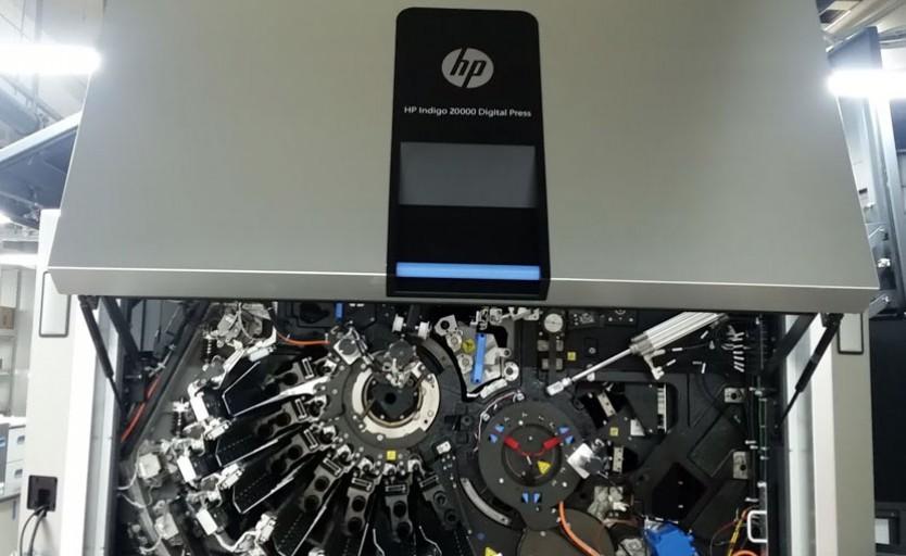 """Монтаж цифровой печатной машины HP Indigo 20000 Digital Press в фотохолдинге """"Фотоэксперт"""""""
