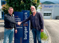 Владелец Burger Druck Дирк Бургер (слева) и директор по продажам DACH в регионе Scodix Франц Репп